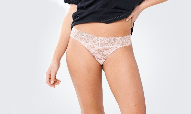 How to wear a thong correctly