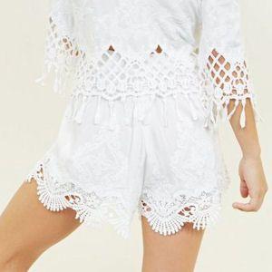 Textured white shorts